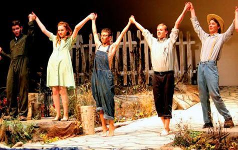 Iowa school play benefits Ferguson student actors