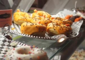 Doughnut shop brings vintage glam feel to Minneapolis