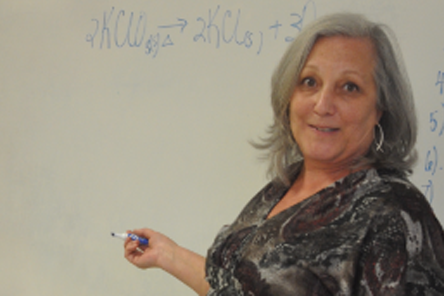 Chemistry+teacher+shares+personal+struggle+to+legalize+CBD+oil