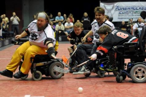 Popularity of wheelchair hockey continues to grow