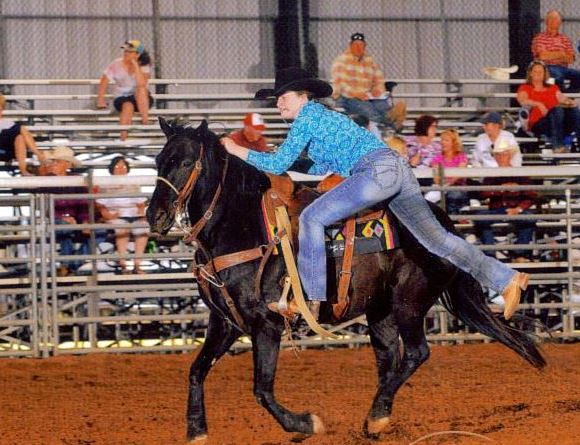 Williams holds her own at rodeo