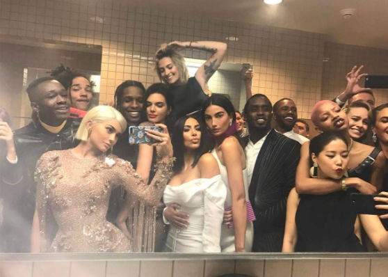 The Best Local Restaurants to Take a Bathroom Selfie