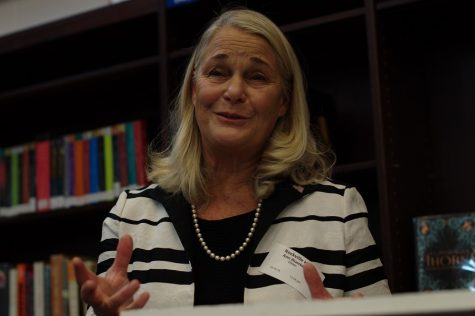 Former Congresswoman Discusses Civic Engagement, Importance of Informed Citizenry