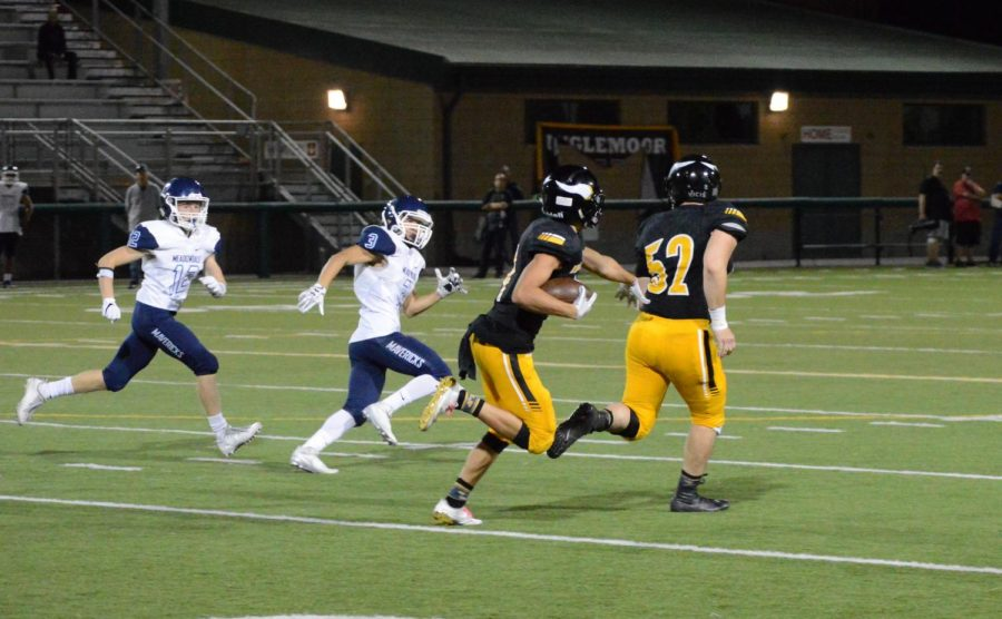 Inglemoor Football starts 2-0 for the first time since 2010