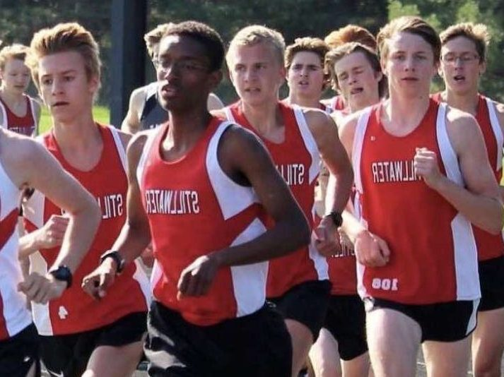 Cross country runners go 'extra mile' with extra-curriculars