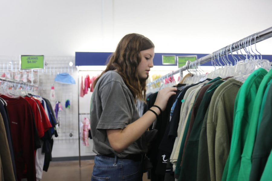 Thrift Shopping Popularity Among High School Students