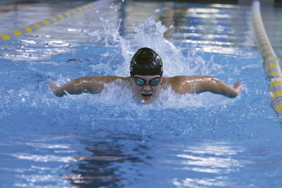 Lily+Ernst+%2720+swims+down+the+lane+on+Monday%2C+Sept.+10.