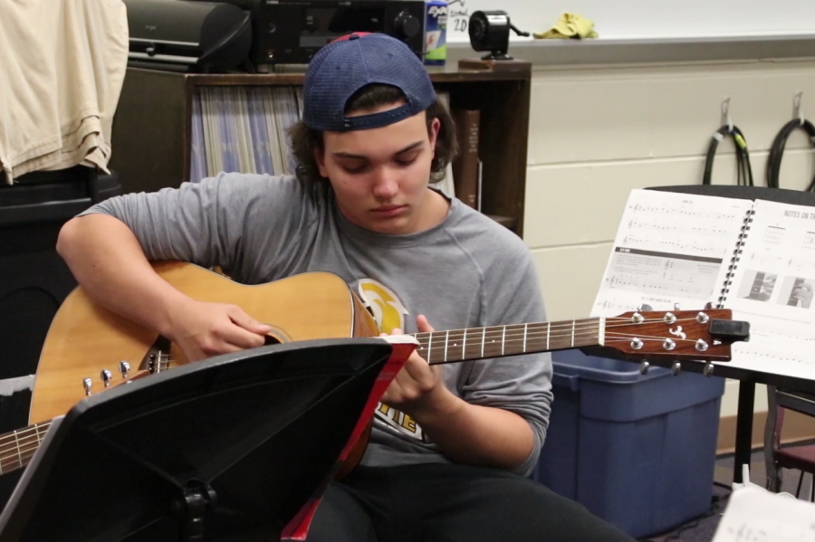 Guitar program accomodates musicians of all levels