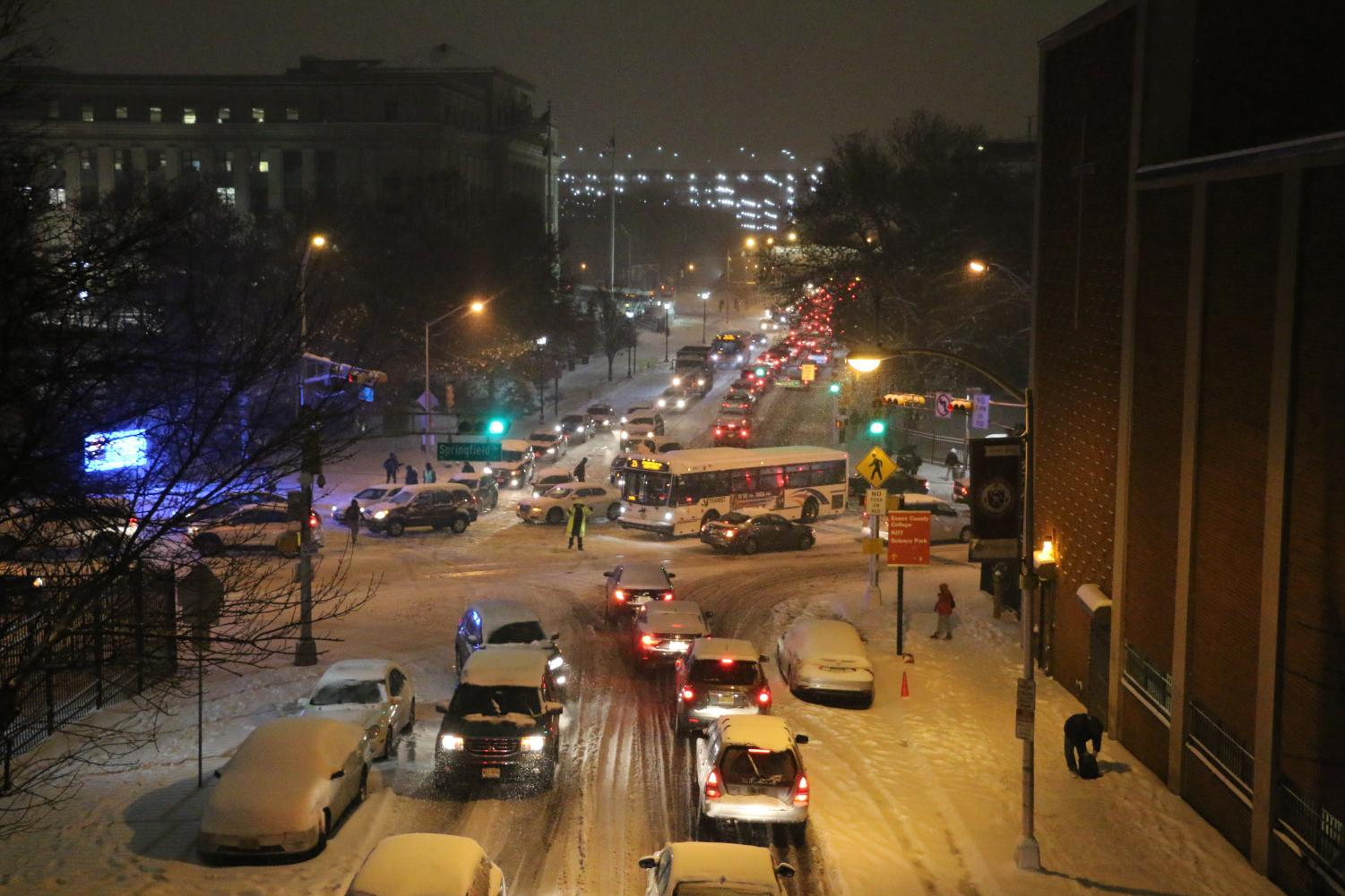 A powerful snowstorm at rush hour paralyzed Newark, leaving drivers, commuters, and students stranded.