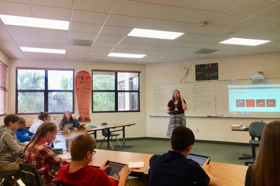 Mrs.+Paleczny+gives+guidelines+for+a+powerpoint+project+to+her+World+History+1+class.