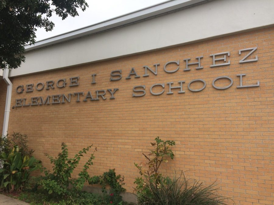 Sanchez+Elementary+is+another+East+Austin+school+that+has+a+large+number+of+native+Spanish-speaking+students.+Schools+like+Sanchez+used+to+be+much+more+common%2C+but+because+of+gentrification+many+of+the+minority+and+lower-income+families+have+had+to+move+to+nearby+cities.+Photo+by+Andrew+Klager.