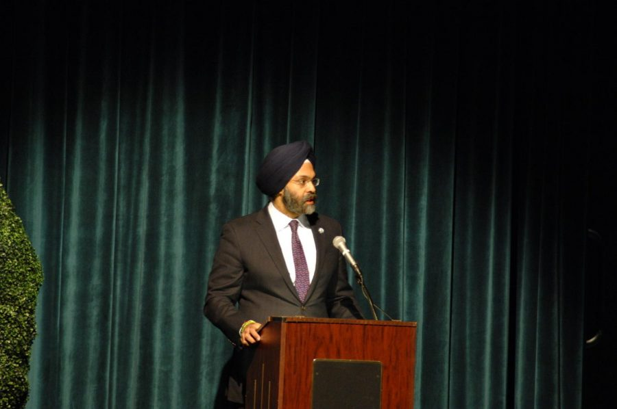 New+Jersey+Attorney+General+Gurbir+Grewal+speaks+about+his+experiences+with+discrimination+while+as+a+federal+prosecutor.+He+presented+at+Unity+in+the+Valley+with+community+members%2C+students%2C+and+religious+leaders+on+Tuesday%2C+March+19.+