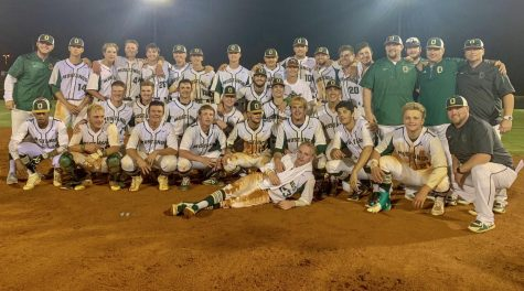 Mustangs swing their way into history
