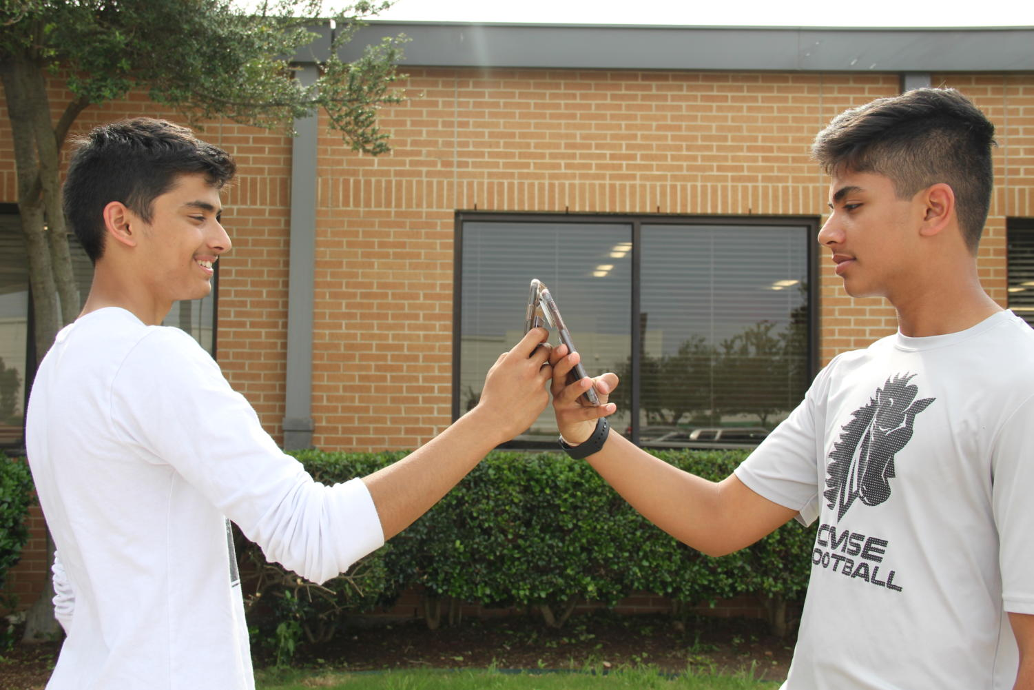 Earlier this year, CHS9 students Umang Kaushik and Svayam Sharma discovered that they could both unlock one phone using Face ID. This highly improbable occurrence raised concerns about the security of their apps, including banking and personal information, on their Apple phones.
