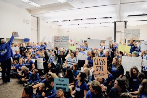 SMEA wages protests against SMUSD board over teacher contracts
