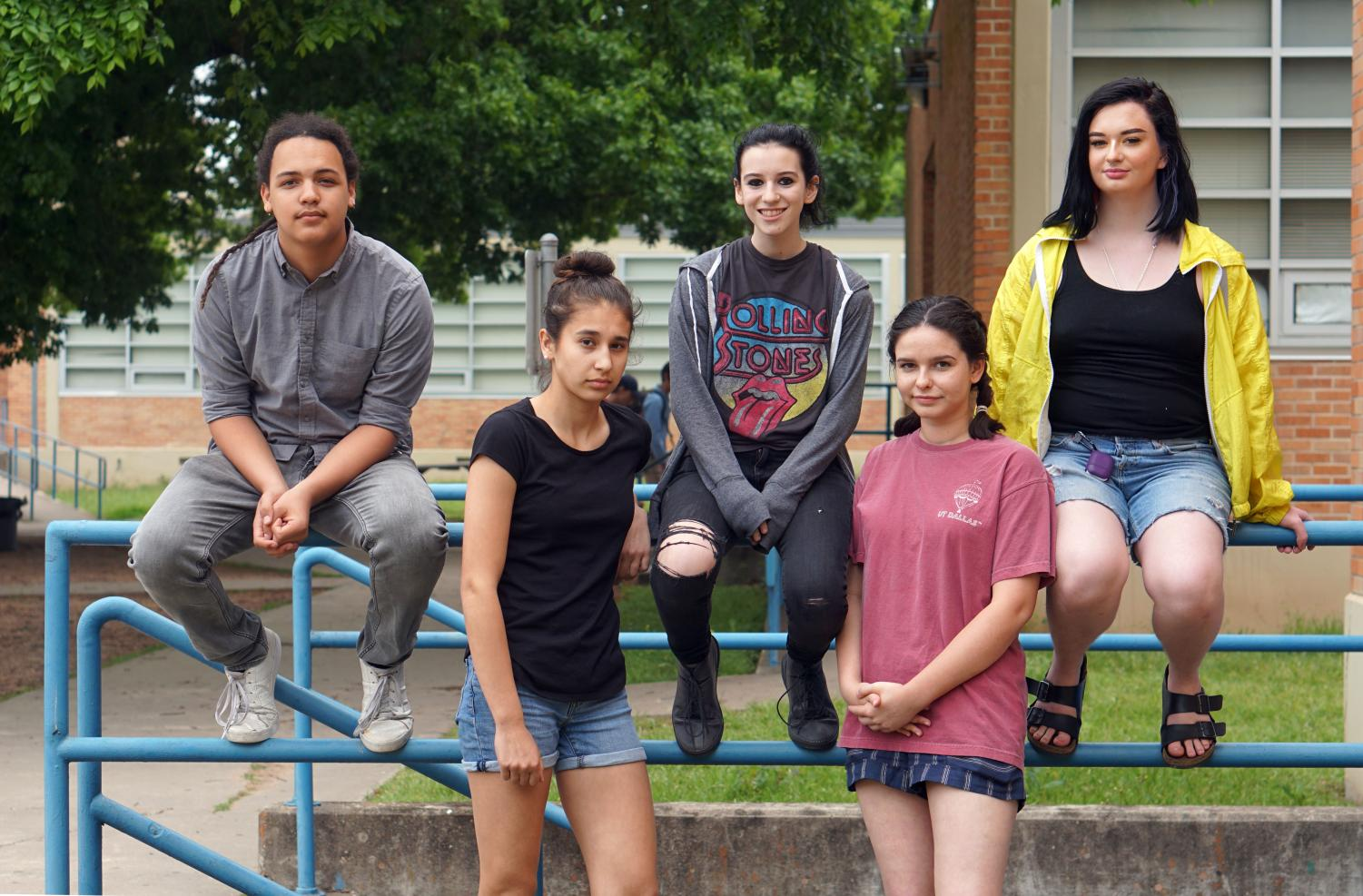 TAKING CONTROL OF THEIR FUTURES: Members of Just Fund It club (left to right): sophomore Denali Jah, sophomore Natalie Suri, junior Gwyneth Yeager, sophomore Meg Rowan and senior Emily Freeman. Photo by Bella Russo.
