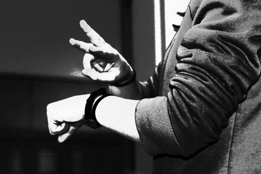 American Sign Language classes to interpret museum exhibits