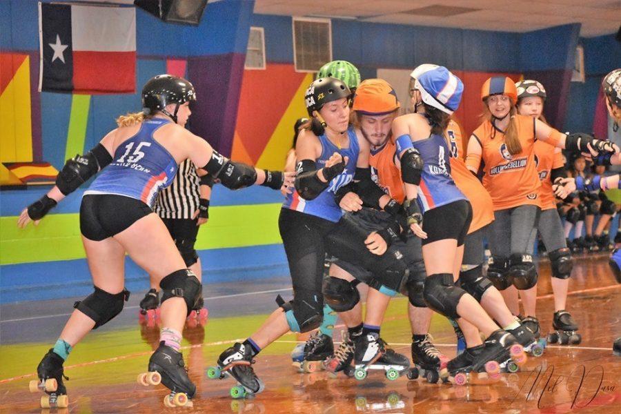 Mac's roller derby girls eye national prize