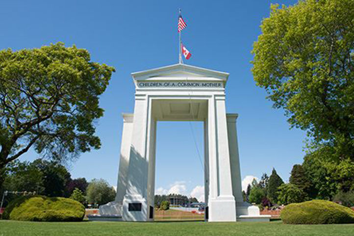 BORDER%3A+The+Peace+Arch%2C+located+at+the+border+crossing+between+the+U.S.+and+Canada+in+northwest+Washington+state%2C+was+built+as+a+monument+to+American-Canadian+friendship.+Earlier+this+month%2C+American+citizens+of+Iranian+descent+were+detained+there+for+as+much+as+nine+hours+in+a+crackdown+after+the+killing+of+Iranian+General+Qaxxam+Soleimani.