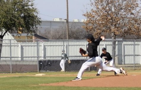 Coppell junior and pitcher David Jeon pitched during the scrimmage against Birdville on Feb. 15 at the Coppell ISD Baseball Complex. Jeon verbally committed to playing baseball at Rice University. Photo by Alishba Javaid