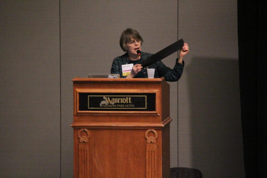 Free speech activist Mary Beth Tinker inspires student journalists at annual NSPA convention