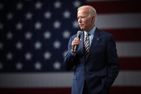 Joe Biden Commits to Choosing a Female Vice President