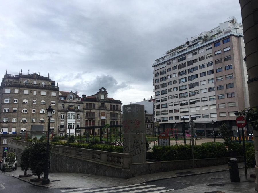 This+park+outside+of+Wilson%E2%80%99s+apartment+building+in+Vigo%2C+Spain%2C+has+been+abandoned+since+the+beginning+of+the+%E2%80%9Cstate+of+emergency%E2%80%9D+lockdown+in+Spain.+%E2%80%9C%5BIt%5D+is+usually+full+of+old+people+smoking+pipes%2C+dogs%2C+young+people+drinking%2C%E2%80%9D+she+said.+%E2%80%9CAt+night%2C+it%E2%80%99s+full+of+people+as+the+area+is+surrounded+by+bars.%E2%80%9D+Photo+courtesy+of+by+Manon+Wilson
