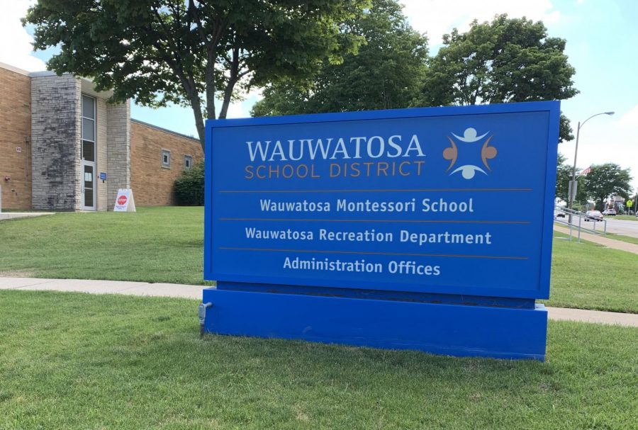 The+Wauwatosa+School+District+serves+over+7%2C000+elementary%2C+middle+and+high+school+students+and+employs+nearly+500+teachers.
