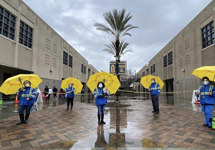 Latino+Health+Access+administering+COVID-19+tests+rain+or+shine.+Photo+taken+on+Jan.+30%2C+2021+in+Santa+Ana.