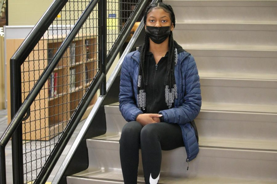 Sophomore launches cosmetic business during pandemic