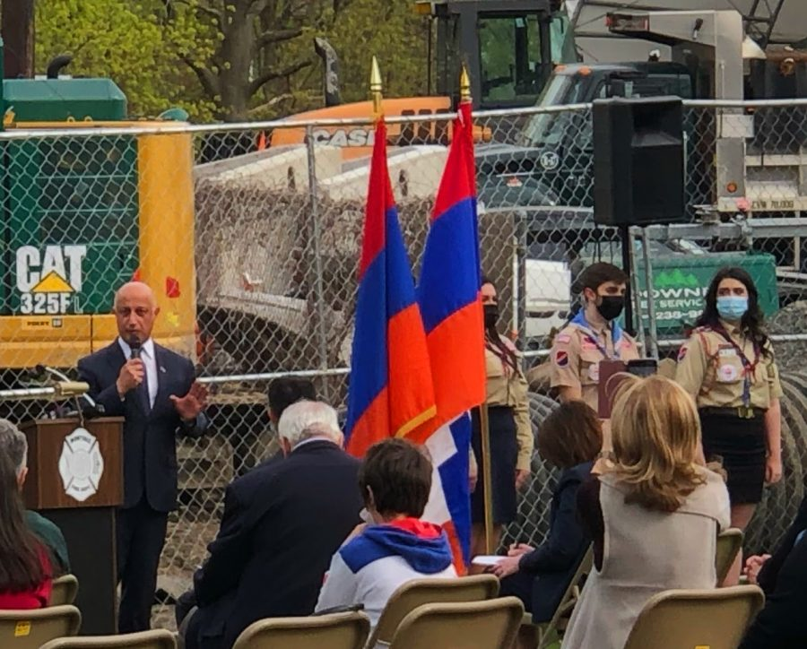 Montvale+Mayor+Mike+Ghassali+attends+an+Armenian+Genocide+commemoration+and+speaks+of+the+genocide%E2%80%99s+history+and+recognition+from+the+United+States.