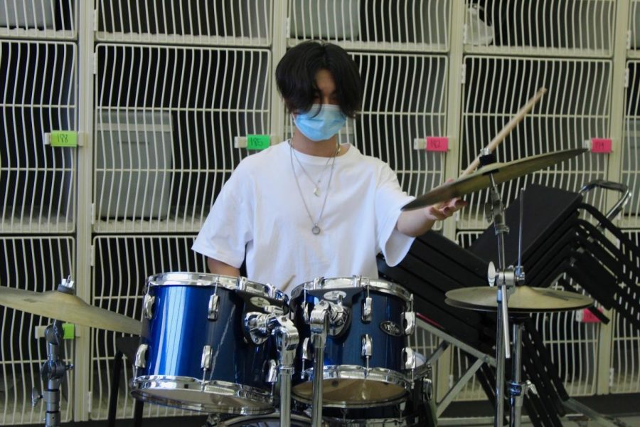 Drum Roll Please for the Only Drummer in Pop Performance, Sky Jaan