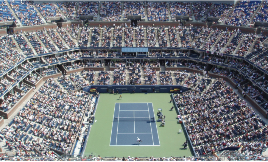 A+packed+house+at+Arthur+Ashe+Stadium+watches+mens+singles+during+the+US+Open.+At+the+2021+US+Open%2C+fans+were+required+to+be+vaccinated+while+players+were+not%2C+sparking+criticism+from+some+fans+and+players.